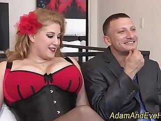 Bbw gets facial after sex