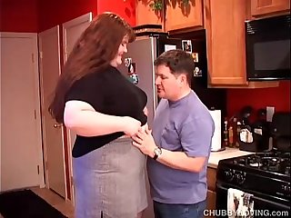 Beautiful beefy BBW gives an amazing sloppy blowjob