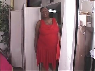 1917137 black shorthair bbw milf in interracial