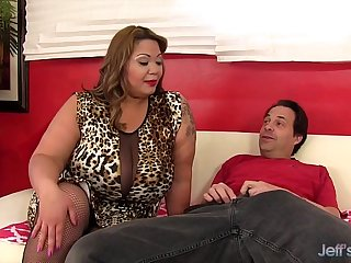 Big titty BBW Miss LingLing rides a cock