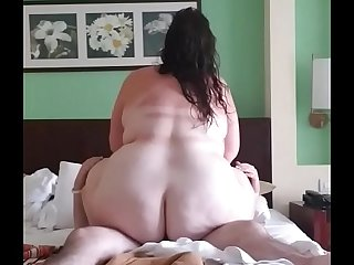 Fat ass BBW riding dick