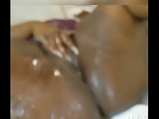 Balls deep in Fat booty squirter Mzboutit