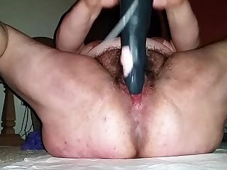 fat chick from BBWCurvy .com rides dildo