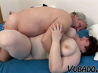 OLD, FAT AMATEUR COUPLE FUCKS !!