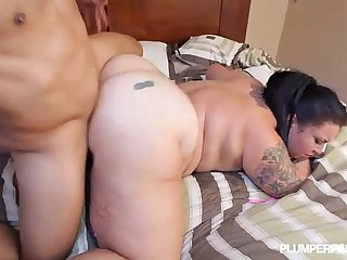 Curvy Big Culo Cubana Diana Nicole Gets Bent over N fucked